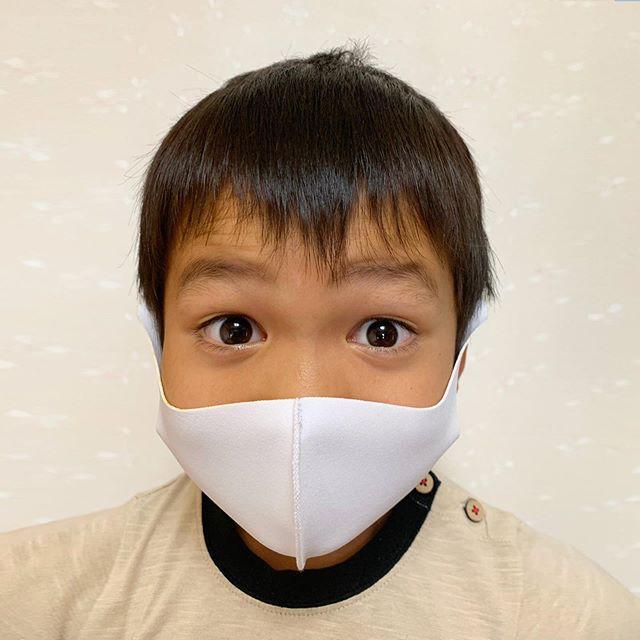 マスクでスマイル02